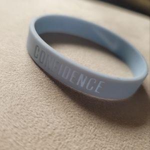 NWOT Nike Confidence Silicone Wristband